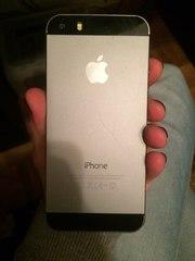 Срочно продам айфон 5S на 32 gb(Андроид)