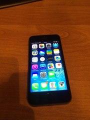 Срочно продам айфон 5S на 32 gb