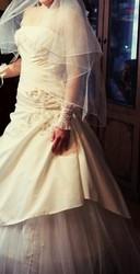 Платье свадебное,  аксессуары включительно