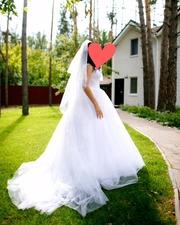 Продам восхитительное свадебное платье